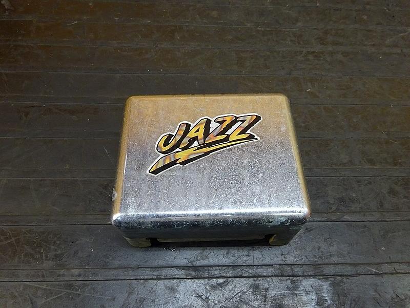 【180901.H】JAZZ(AC09-1202)● バッテリーボックス バッテリーカバー | 中古バイクパーツ通販・買取 ジャンクヤード鳥取 JunkYard