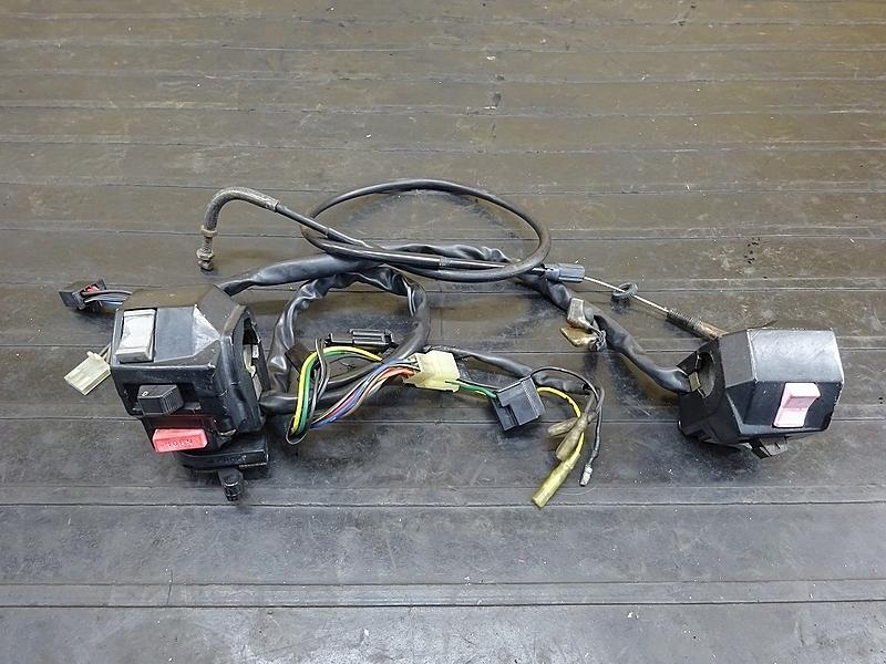 【190428.Y】SRV250(4DN-003)● ハンドルスイッチ左右セット スイッチボックス ジャンク | 中古バイクパーツ通販・買取 ジャンクヤード鳥取 JunkYard