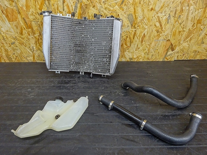 【190501.K】ZX-10R'04-05● ラジエーター サブタンク ファン 【C型 ZX1000C ニンジャ | 中古バイクパーツ通販・買取 ジャンクヤード鳥取 JunkYard