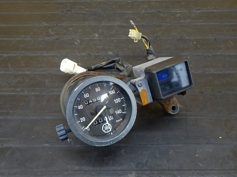 【210315】TW225(DG09J-016)■ スピードメーター インジケーターランプ 4566㎞ ※検:DG07J 2JL TW200   中古バイクパーツ通販・買取 ジャンクヤード鳥取 JunkYard