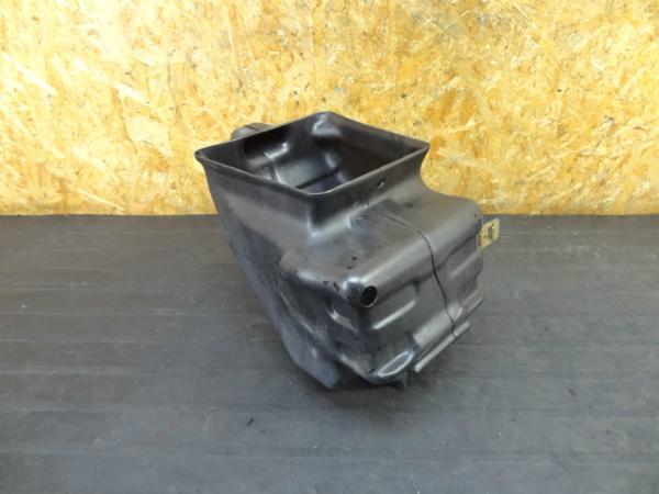 【160312】CB400SF Vtec3(NC39)◆バッテリーボックス 小物入 | 中古バイクパーツ通販・買取 ジャンクヤード鳥取 JunkYard