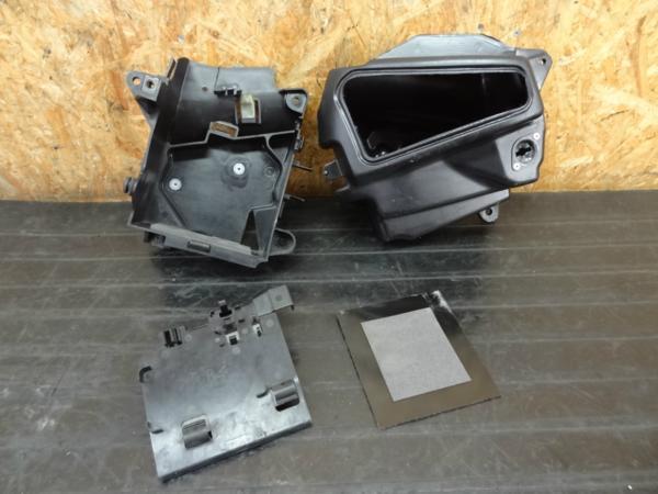【160520】ドラッグスター400(VH01J)◆バッテリーボックス BOX | 中古バイクパーツ通販・買取 ジャンクヤード鳥取 JunkYard