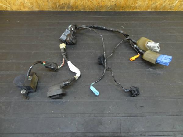 【160818】CBR600RR(PC37)◆メーターハーネス ウィンカーリレー | 中古バイクパーツ通販・買取 ジャンクヤード鳥取 JunkYard