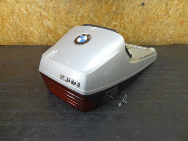 【170425】BMW K100◆シートカウル テール テールランプ フタ付き 難有 | 中古バイクパーツ通販・買取 ジャンクヤード鳥取 JunkYard