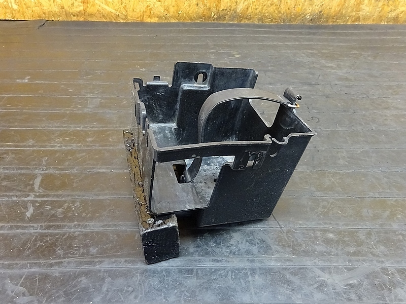 【180705.Y】ビラーゴ250(3DM-058)● バッテリーボックス インナーボックス | 中古バイクパーツ通販・買取 ジャンクヤード鳥取 JunkYard
