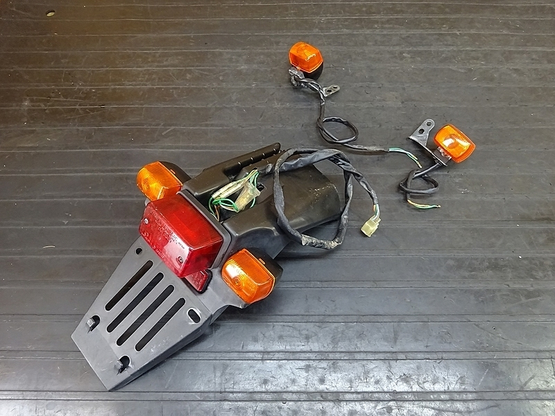 【190204.H】CRM250AR(MD32-1101)● テールランプ ウインカー前後セット ナンバーステー | 中古バイクパーツ通販・買取 ジャンクヤード鳥取 JunkYard