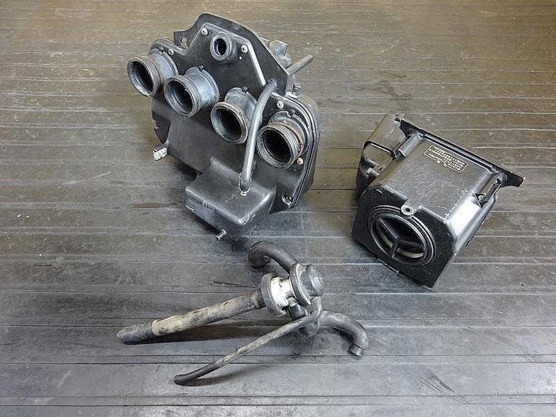 【190520.K】ZRX400(ZR400E-051)● エアクリーナーボックス エアクリ (2005年 イモビ付き | 中古バイクパーツ通販・買取 ジャンクヤード鳥取 JunkYard