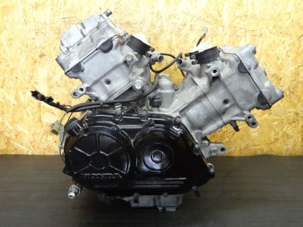 【150805】VFR750F(RC36)◇エンジン 始動確認済!!   中古バイクパーツ通販・買取 ジャンクヤード鳥取 JunkYard
