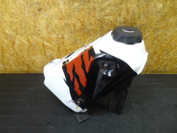【151124】CRM250(MD24)◆ガソリンタンク 燃料 タンクキャップ | 中古バイクパーツ通販・買取 ジャンクヤード鳥取 JunkYard