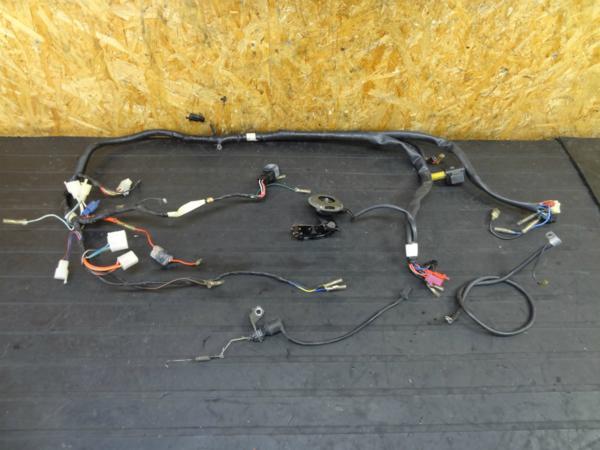 【160113】SRX400(3VN)◆メインハーネス リレー スイッチ ホーン | 中古バイクパーツ通販・買取 ジャンクヤード鳥取 JunkYard