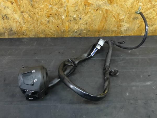 【160119】CBR1100XX(SC35)◇ハンドルスイッチ 左 ウインカー | 中古バイクパーツ通販・買取 ジャンクヤード鳥取 JunkYard