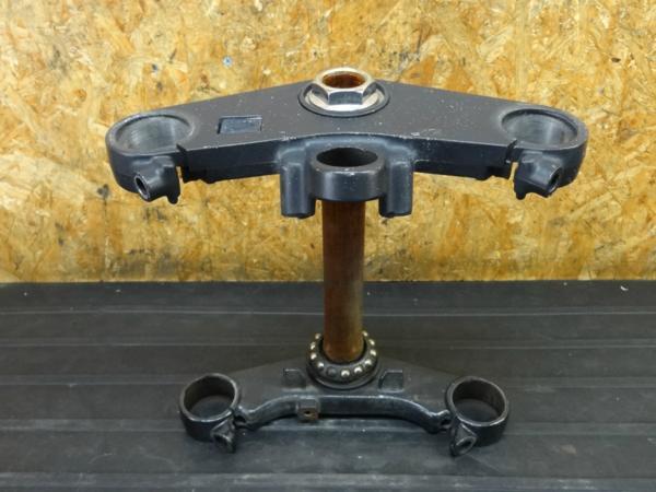 [160730]CBR250RR(MC22)◇ステアリングステム トップブリッジ | 中古バイクパーツ通販・買取 ジャンクヤード鳥取 JunkYard