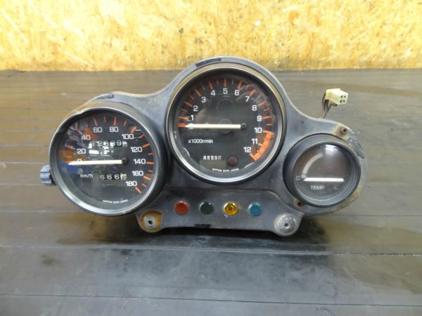 【170309】RZ250R(29L-108)◆メーターユニット スピード/タコ 難有 | 中古バイクパーツ通販・買取 ジャンクヤード鳥取 JunkYard
