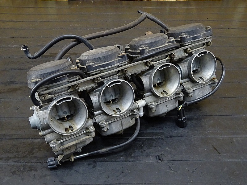 【200115】ZRX1200S(ZRT20A-020)■ キャブレター キャブ 【ZRX1200R | 中古バイクパーツ通販・買取 ジャンクヤード鳥取 JunkYard
