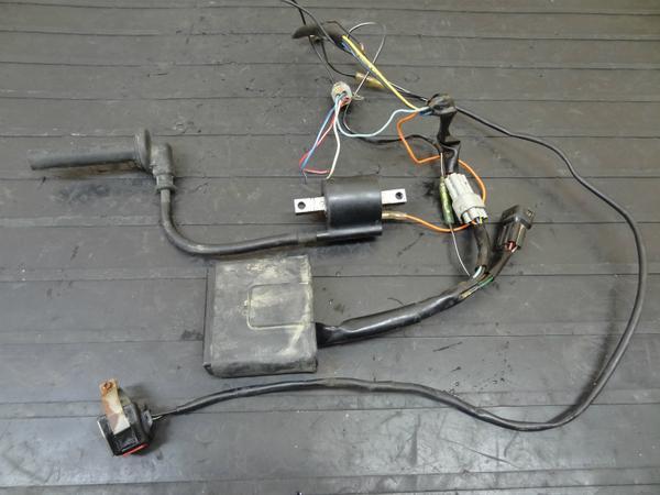 【140521】YZ250F(5NL/CG10C)'01◎CDIイグニッションコイル電装 | 中古バイクパーツ通販・買取 ジャンクヤード鳥取 JunkYard
