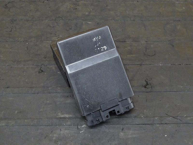 【200908】CBR400RR(NC29-1000)■ CDI イグナイター 【L型 | 中古バイクパーツ通販・買取 ジャンクヤード鳥取 JunkYard