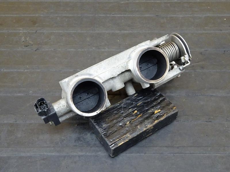 【210329】BMW C650GT '16■ スロットルボディ | 中古バイクパーツ通販・買取 ジャンクヤード鳥取 JunkYard