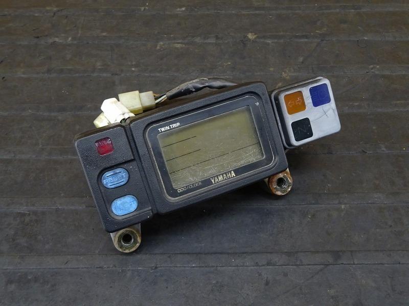 【210524】DT230 ランツァ(4TP-000)■ スピードメーター タコメーター インジケーターランプ 30340㎞ 【LANZA | 中古バイクパーツ通販・買取 ジャンクヤード鳥取 JunkYard