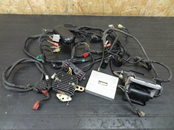【140625】VT250F(MC08)◎CDIレギュレターIGコイルハーネス電装 | 中古バイクパーツ通販・買取 ジャンクヤード鳥取 JunkYard