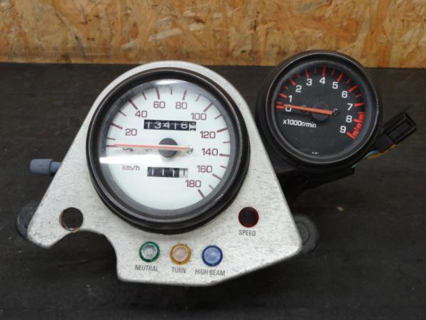 【141019】SRX400(1JL)◇純正スピードメーター タコメーター | 中古バイクパーツ通販・買取 ジャンクヤード鳥取 JunkYard