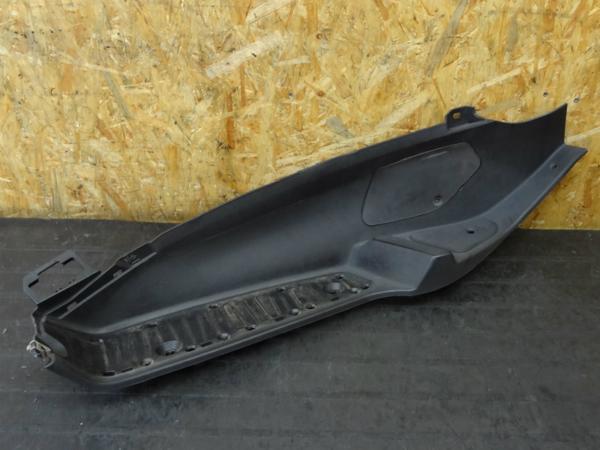 【141219】ピアジオMP3◆ステップボード 左 フロア 外装 | 中古バイクパーツ通販・買取 ジャンクヤード鳥取 JunkYard