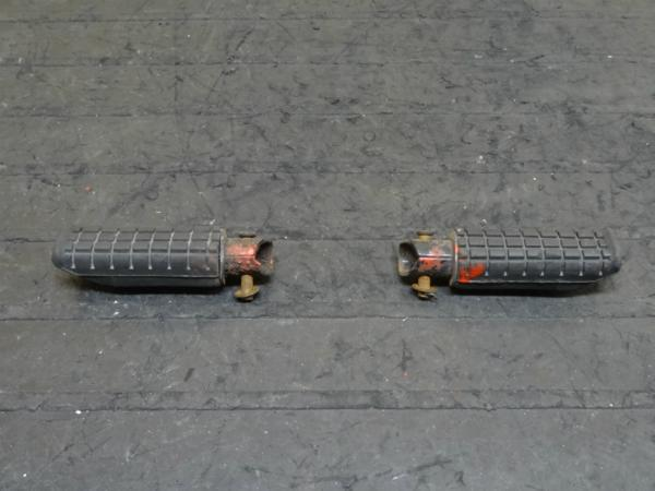 【150107】ジェイド(MC23)◆タンデムステップ左右 【JADE | 中古バイクパーツ通販・買取 ジャンクヤード鳥取 JunkYard