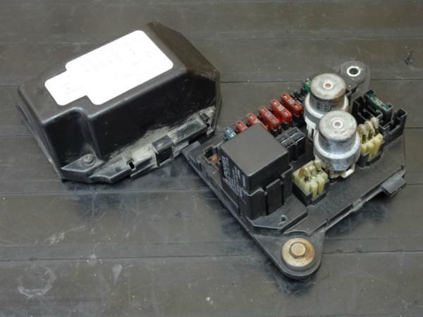 【150119】GPZ750R(ZX750G)◎ヒューズボックス ジャンクション | 中古バイクパーツ通販・買取 ジャンクヤード鳥取 JunkYard