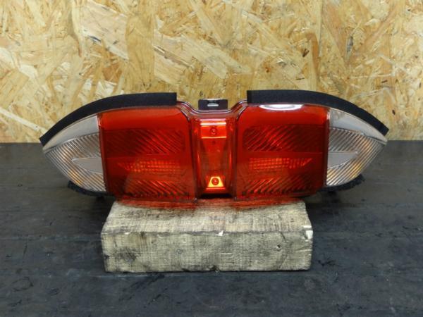 【150331】FJR1300AS(RP27J)◆テールランプ レンズ ユニット | 中古バイクパーツ通販・買取 ジャンクヤード鳥取 JunkYard