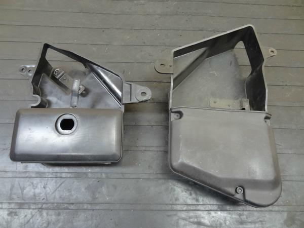 【140517】バルカン400C(VN400A)◎サイドツールボックス 左右 | 中古バイクパーツ通販・買取 ジャンクヤード鳥取 JunkYard