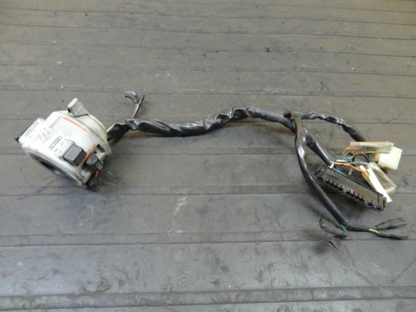 【140718】VTZ250(MC15)◎ハンドルスイッチ 左 チョークレバー | 中古バイクパーツ通販・買取 ジャンクヤード鳥取 JunkYard