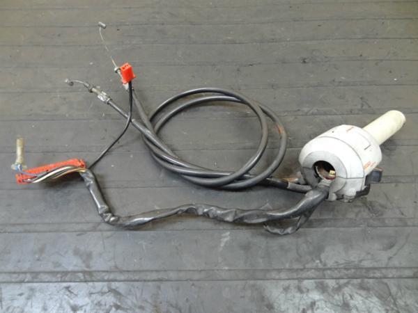 【140718】VTZ250(MC15)◎ハンドルスイッチ 右 スロットル | 中古バイクパーツ通販・買取 ジャンクヤード鳥取 JunkYard