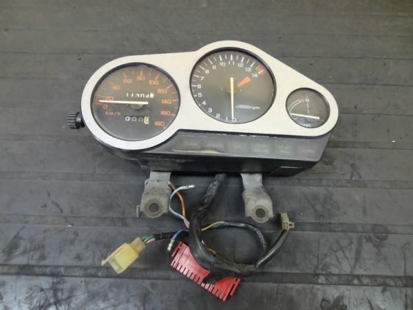 【140718】VTZ250(MC15)◎メーターユニット タコ スピード | 中古バイクパーツ通販・買取 ジャンクヤード鳥取 JunkYard