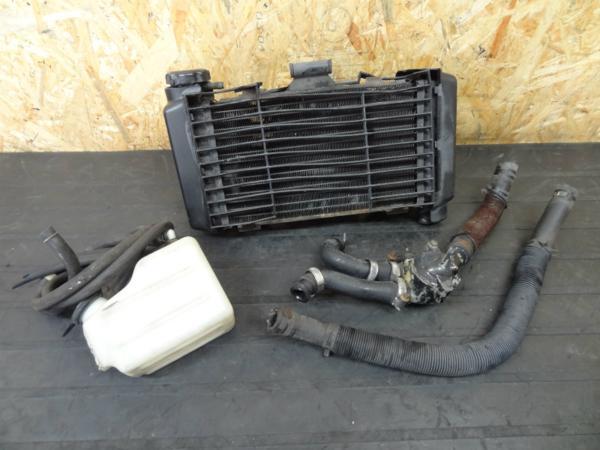 【140718】VTZ250(MC15)◎ラジエター サーモ サブタンク 難有 | 中古バイクパーツ通販・買取 ジャンクヤード鳥取 JunkYard