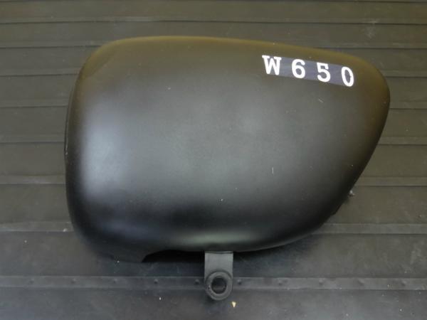 W650(EJ650A-038)◇サイドカバー 左 カウル 外装 | 中古バイクパーツ通販・買取 ジャンクヤード鳥取 JunkYard