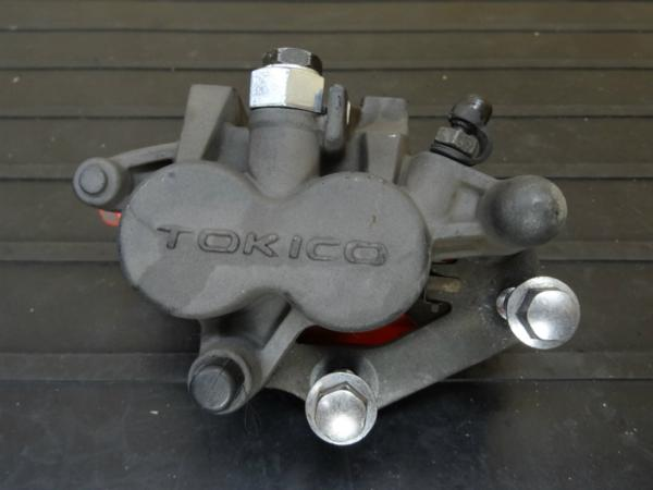 W650(EJ650A-038)◇純正フロントブレーキキャリパー | 中古バイクパーツ通販・買取 ジャンクヤード鳥取 JunkYard