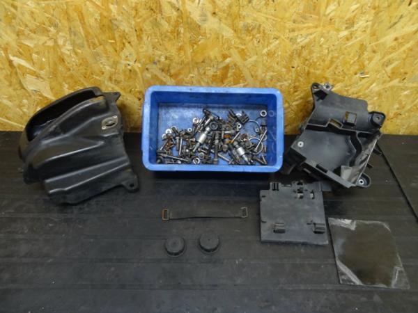 【141203】ドラッグスター400(4TR)◇ツールボックス ボルト | 中古バイクパーツ通販・買取 ジャンクヤード鳥取 JunkYard