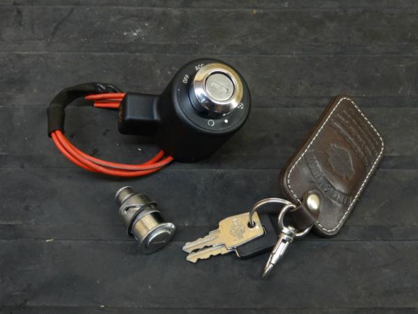 【160606】XL1200 '08◇キーセット ハンドルロック鍵【スポスタ | 中古バイクパーツ通販・買取 ジャンクヤード鳥取 JunkYard