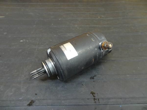 【160806】ZRX400(ZR400E)◆セルモーター スターター 電装 | 中古バイクパーツ通販・買取 ジャンクヤード鳥取 JunkYard