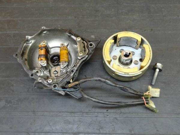 【170412】XT200(23J-001)◆ジェネレーター フライホイール エンジンカバー 左 【6V | 中古バイクパーツ通販・買取 ジャンクヤード鳥取 JunkYard