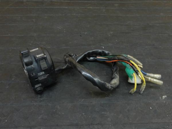 【170802】XS650SPL(3G5-000)◇ハンドルスイッチ 左 ウインカースイッチ | 中古バイクパーツ通販・買取 ジャンクヤード鳥取 JunkYard
