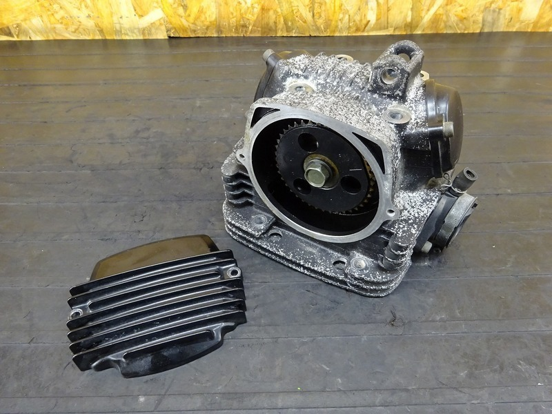 【200524】TW200(DG07J)■ シリンダーヘッド カバー 【エンジンパーツ G315E | 中古バイクパーツ通販・買取 ジャンクヤード鳥取 JunkYard