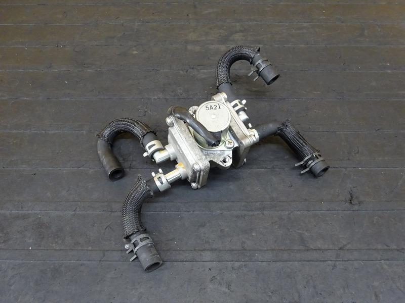 【200803】XJR1300C '15■ ブローバイ ブローバイバルブ 排気 AI | 中古バイクパーツ通販・買取 ジャンクヤード鳥取 JunkYard