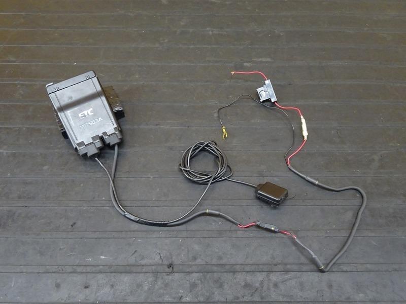 【201101】ZRX1200D(ZRT20D-001)■ ミツバ バイク用ETC MSC-BE51 アンテナ・インジケーター一体タイプ 分離型 MITSUBA 【DAEG ダエグ | 中古バイクパーツ通販・買取 ジャンクヤード鳥取 JunkYard