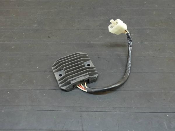 【160915】FZ400(4YR)◆レギュレター レギュレーター 電装 | 中古バイクパーツ通販・買取 ジャンクヤード鳥取 JunkYard