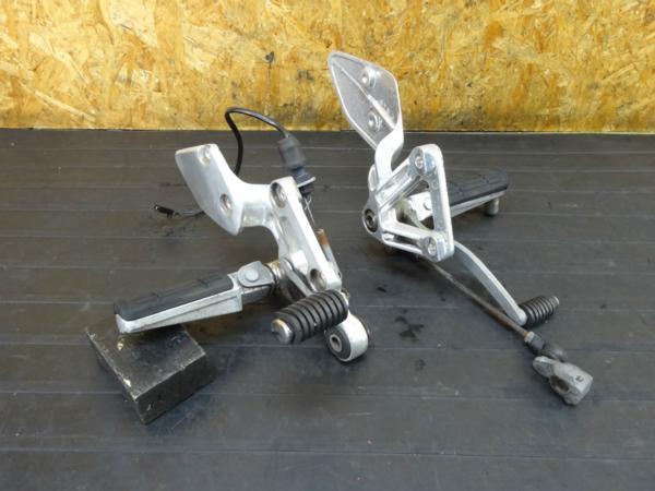 【160915】FZ400(4YR)◆ステップ ブレーキペダル シフトペダル | 中古バイクパーツ通販・買取 ジャンクヤード鳥取 JunkYard