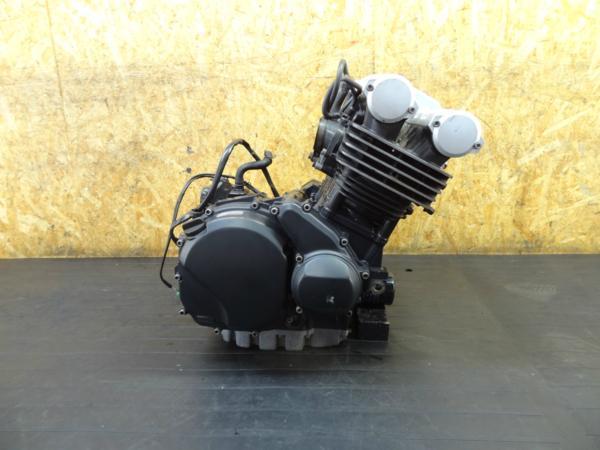【160915】FZ400(4YR)◆エンジン 始動確認後取外し | 中古バイクパーツ通販・買取 ジャンクヤード鳥取 JunkYard
