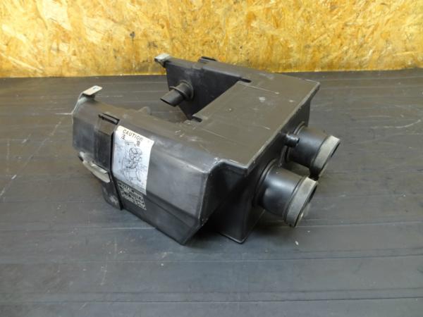【160924】GPZ250(EX250C)◆エアクリーナー エアクリ | 中古バイクパーツ通販・買取 ジャンクヤード鳥取 JunkYard