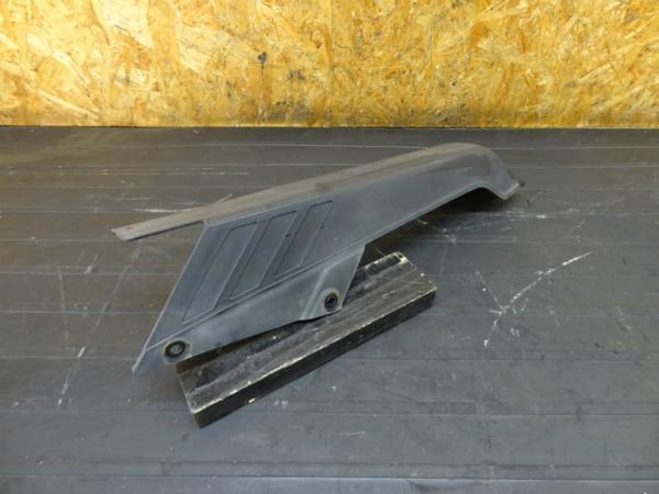 【160924】GPZ250(EX250C)◆チェーンカバー ガード | 中古バイクパーツ通販・買取 ジャンクヤード鳥取 JunkYard