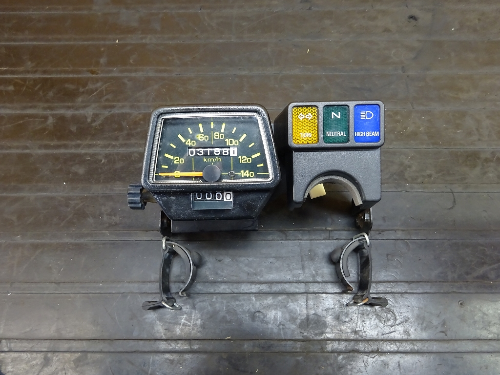 【180516.Y】セロー225W(4JG-111)●スピードメーター(3,188㎞) インジケーター【SEROW | 中古バイクパーツ通販・買取 ジャンクヤード鳥取 JunkYard