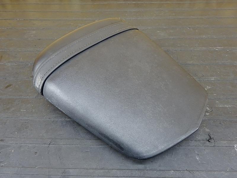 【200212】YZF-R6 '05 ■ タンデムシート 【5SLM 5SL '03-'05 | 中古バイクパーツ通販・買取 ジャンクヤード鳥取 JunkYard